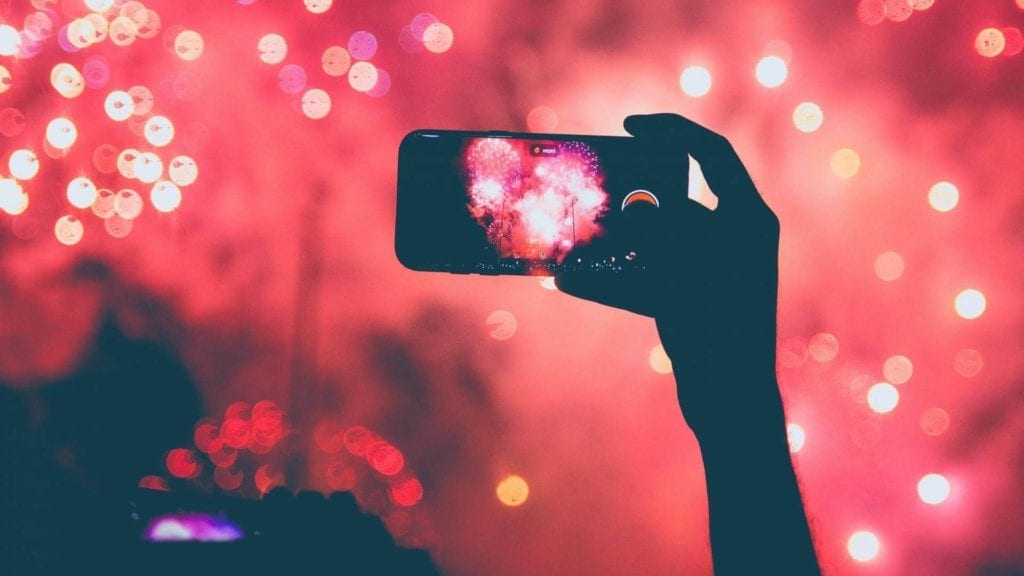 Taking photo of fireworks with a phone