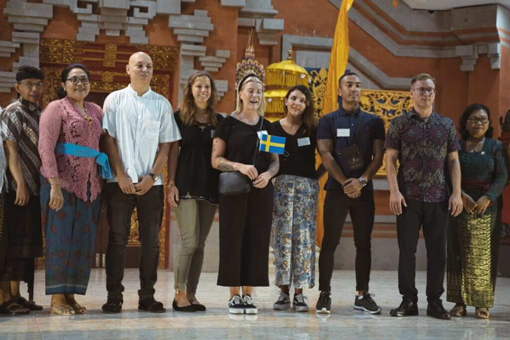 udayana staff with students from finland