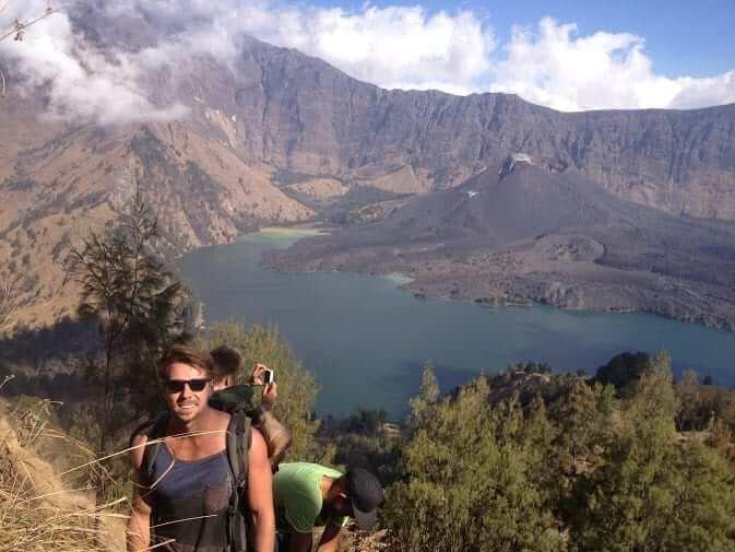 asia exchange students hiking on rinjani mountain