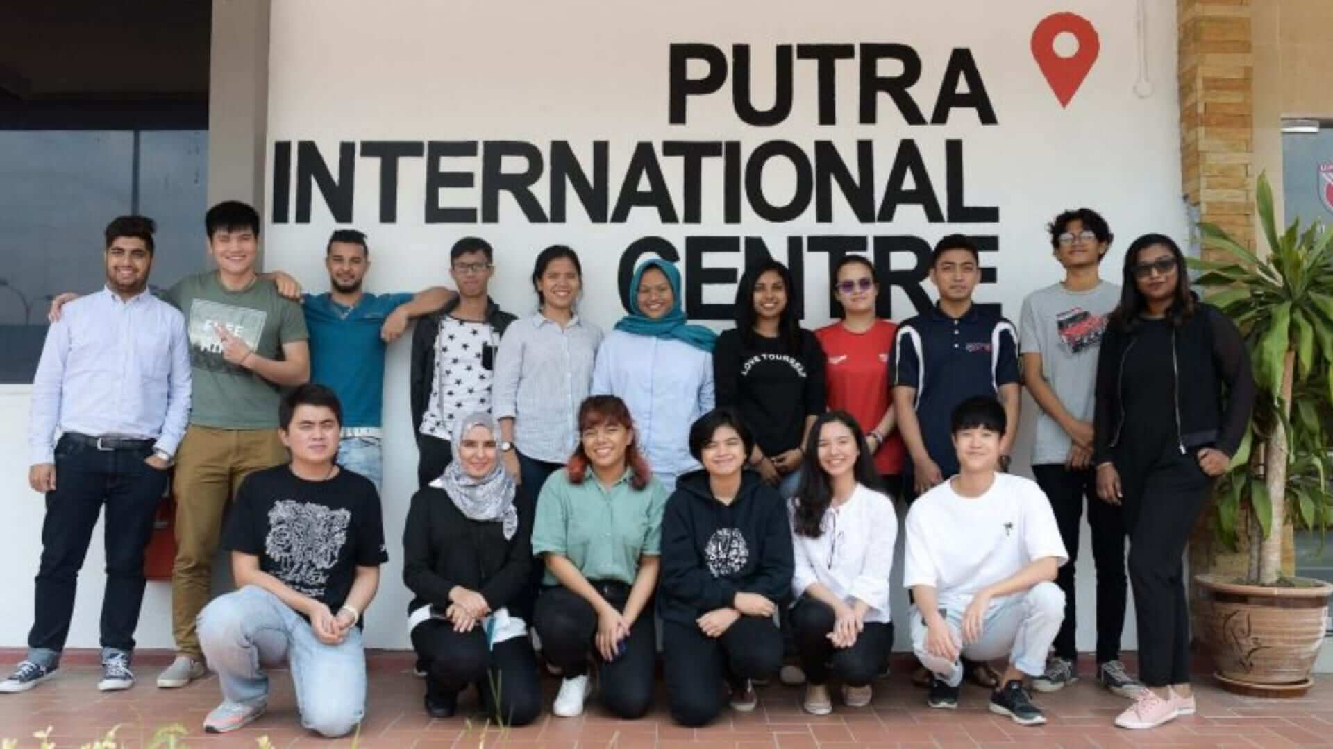 A group picture of students at an university in Malaysia.
