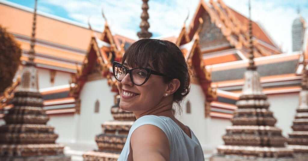 smiling girl in Bangkok