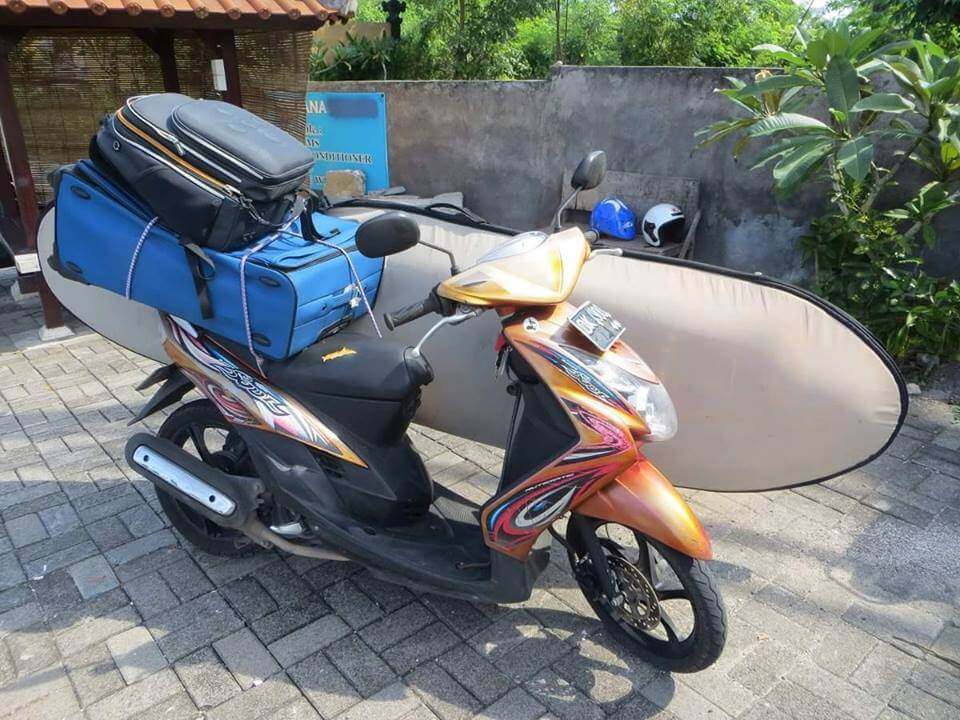 load everything on the scooter and ready to move