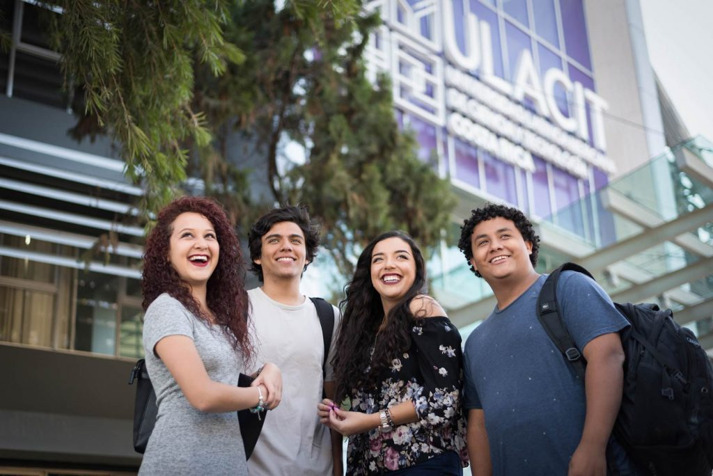study abraod at ULACIT - costa rica with Beyond Abroad