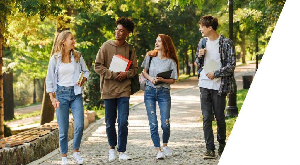 students-walking-on-campus-study-in-america