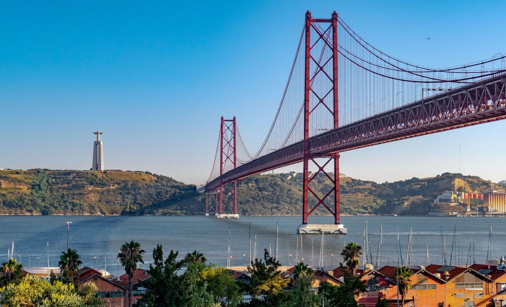 Read more about the article STUDY IN PORTUGAL IN ENGLISH